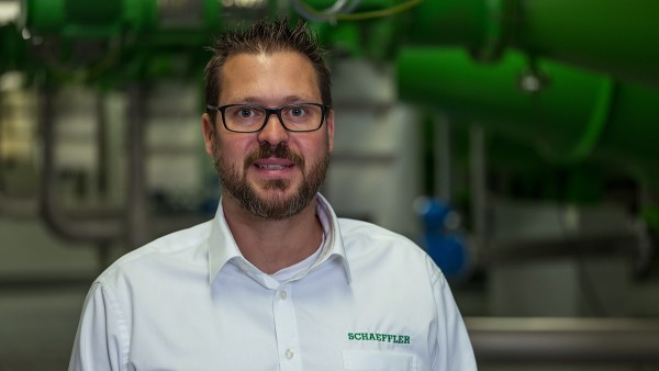 Thomas Schmitz, Service Manager Condition Monitoring ve společnosti Schaeffler